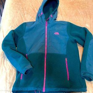 North Face RARE color Denali 2 jacket w hood large